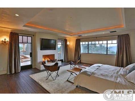 Report Kourtney Kardashian Buys Home Near Justin Bieber - Kourtney kardashian bedroom furniture