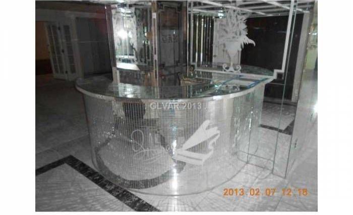 Liberace S Vegas Home Sells To Lifelong Fan