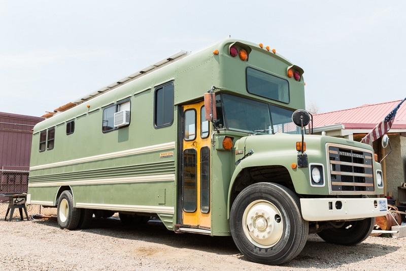 Van? RV? School Bus? 6 Questions to Ask Before Choosing a Home on Wheels