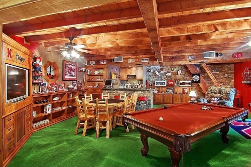 Man Cave Ideas For Quiz : Super man caves for the bowl