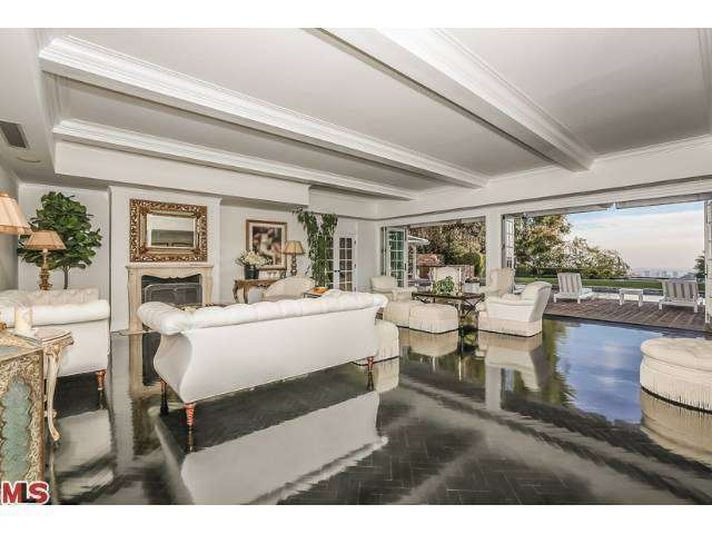 Mariah carey nick cannon sell bel air home for 9m for S carey living room tour