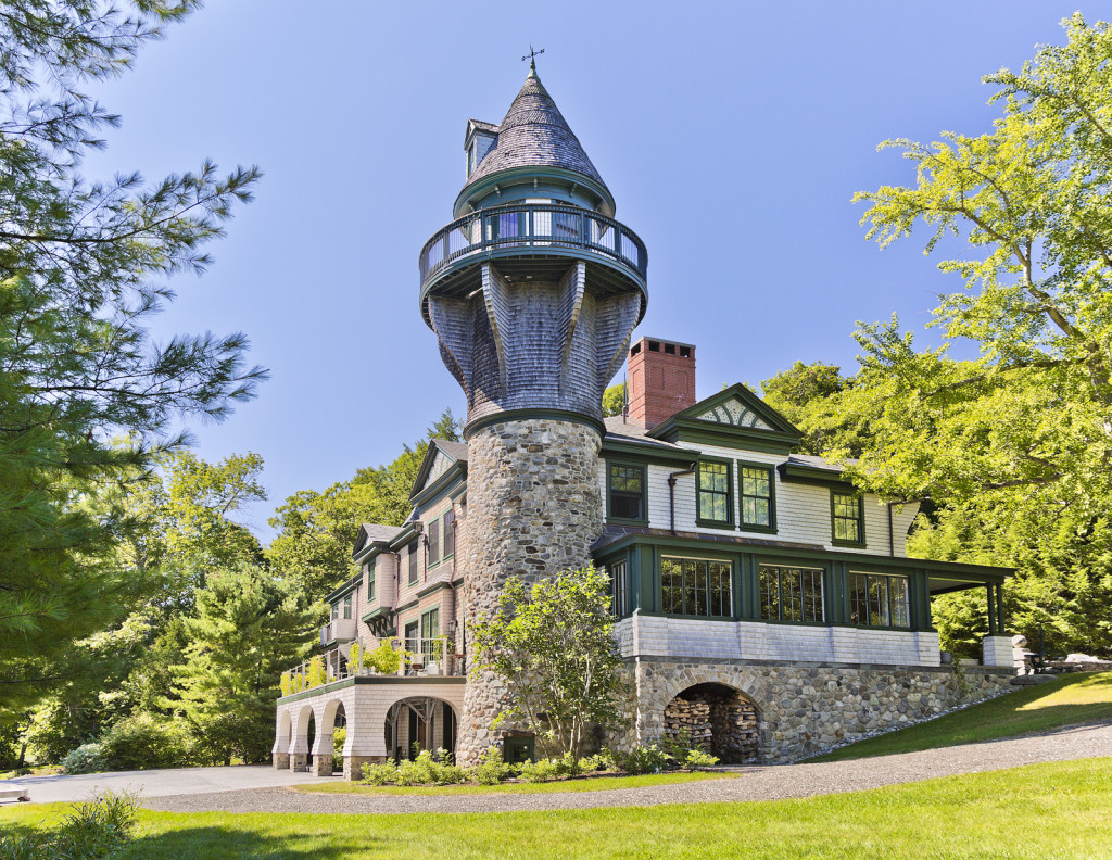 house of the week: a carriage house built for a castle in maine