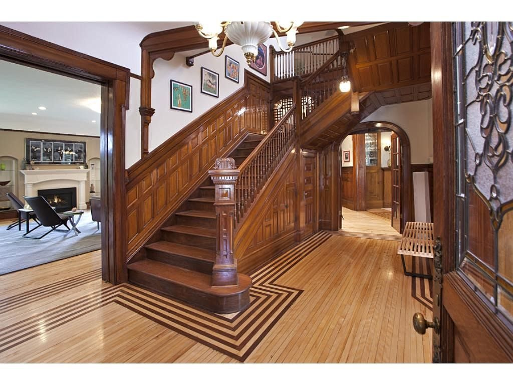 The Mary Tyler Moore Show Home For Sale In Minneapolis