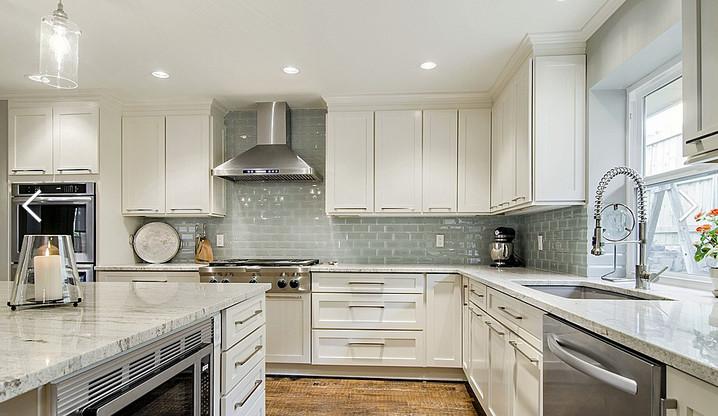 Minimalist Kitchen Design Clean Look And Lines
