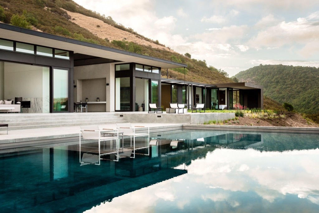 10 ultra-modern homes fit for the 'hunger games' capitol - zillow