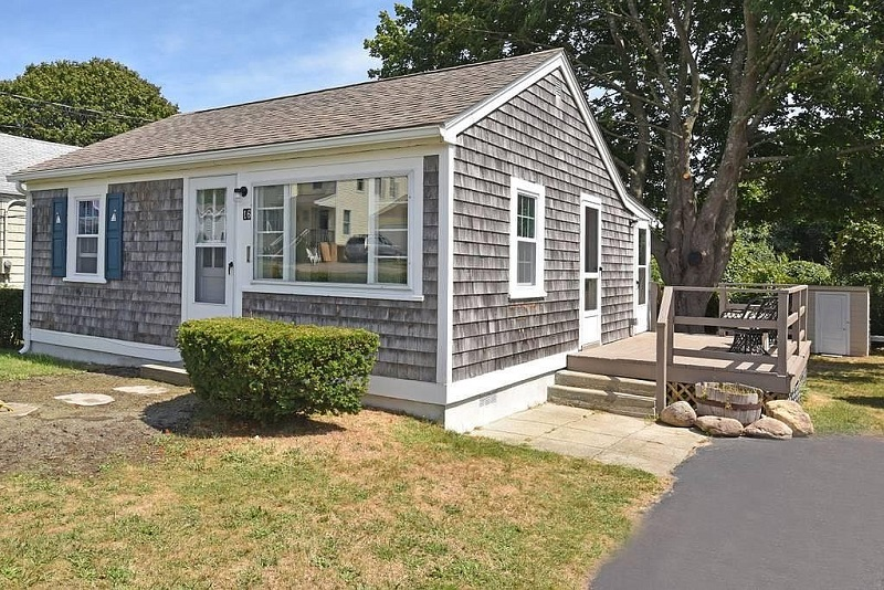 These 7 tiny homes are the perfect summer getaway for Zillow tiny homes for sale