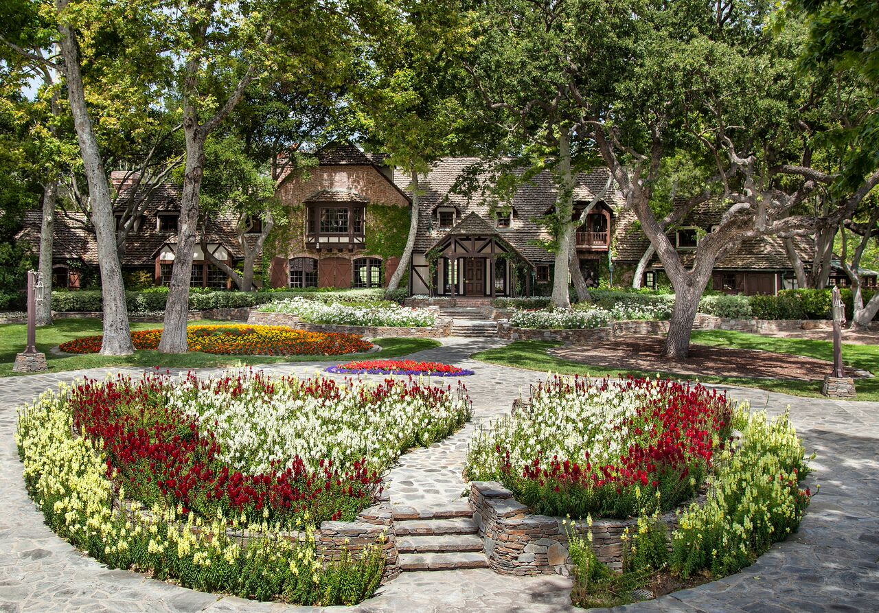 Zillow Home Design Style Quiz Michael Jackson S Neverland On The Market For 100m