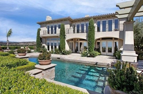 Skip the resort 5 luxury homes for rent for Most expensive house in newport beach