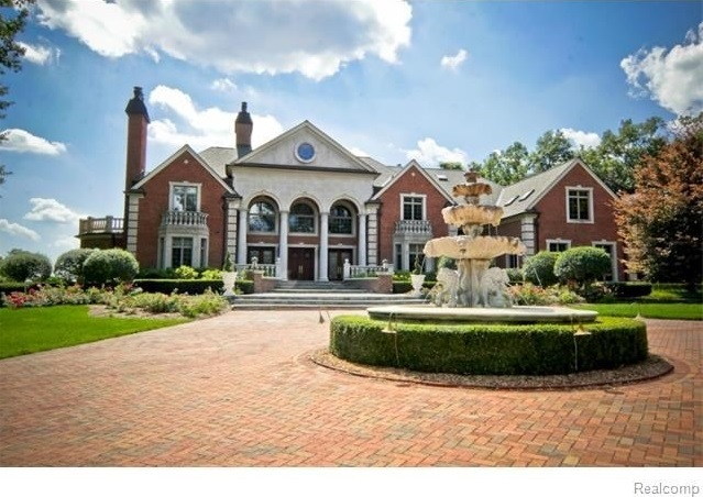 Most expensive homes in the midwest zillow porchlight for Most expensive house in michigan