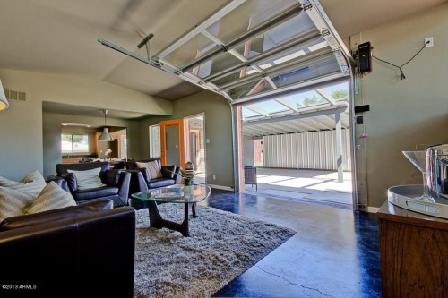 Built In 1957, This Phoenix Mid Century Residence Has Been Completely  Remodeled With A New Kitchen Layout, Maple Cabinets, Granite Countertops,  ...