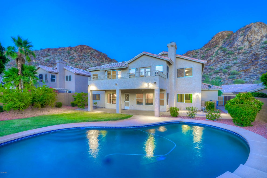 Spacious with 5 bedrooms and 3 baths  this desert oasis nestled in between  mountains offers a luxurious retreat after a long day s work. Homes for Sale at Under Half a Million Dollars   Zillow Porchlight