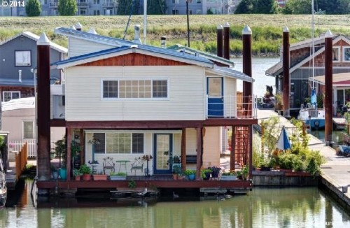Floating Homes For Every Budget