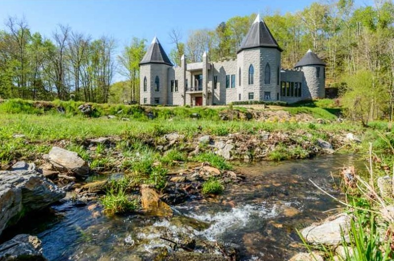Fairy tale homes for sale for Modern day houses for sale