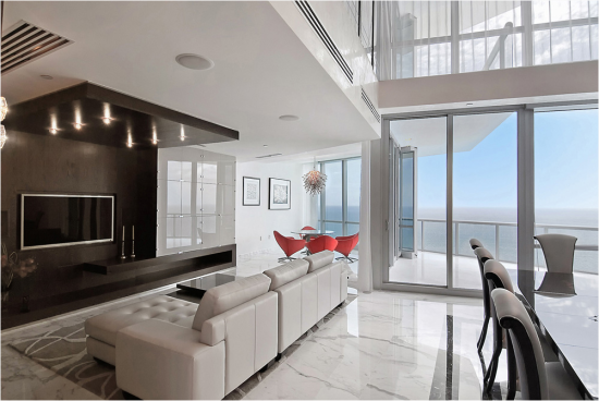 8 Outstanding Miami Waterfront Home Interior Designs