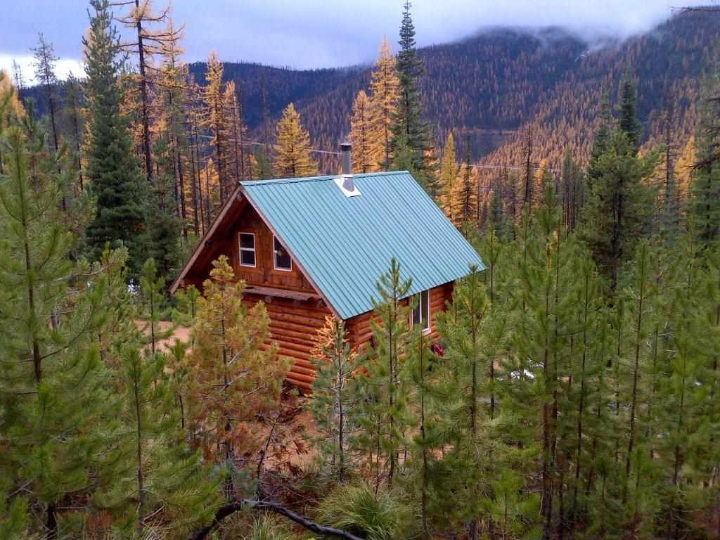 mt montana cabins for hood in rent house vacation cabin tiny rentals village