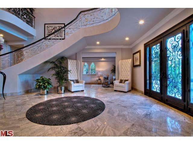 Sean Diddy Combs Former Mansion Listed For 10 9m
