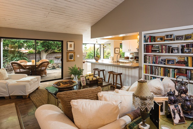 Shannen Doherty S Charmed Malibu Home On The Market