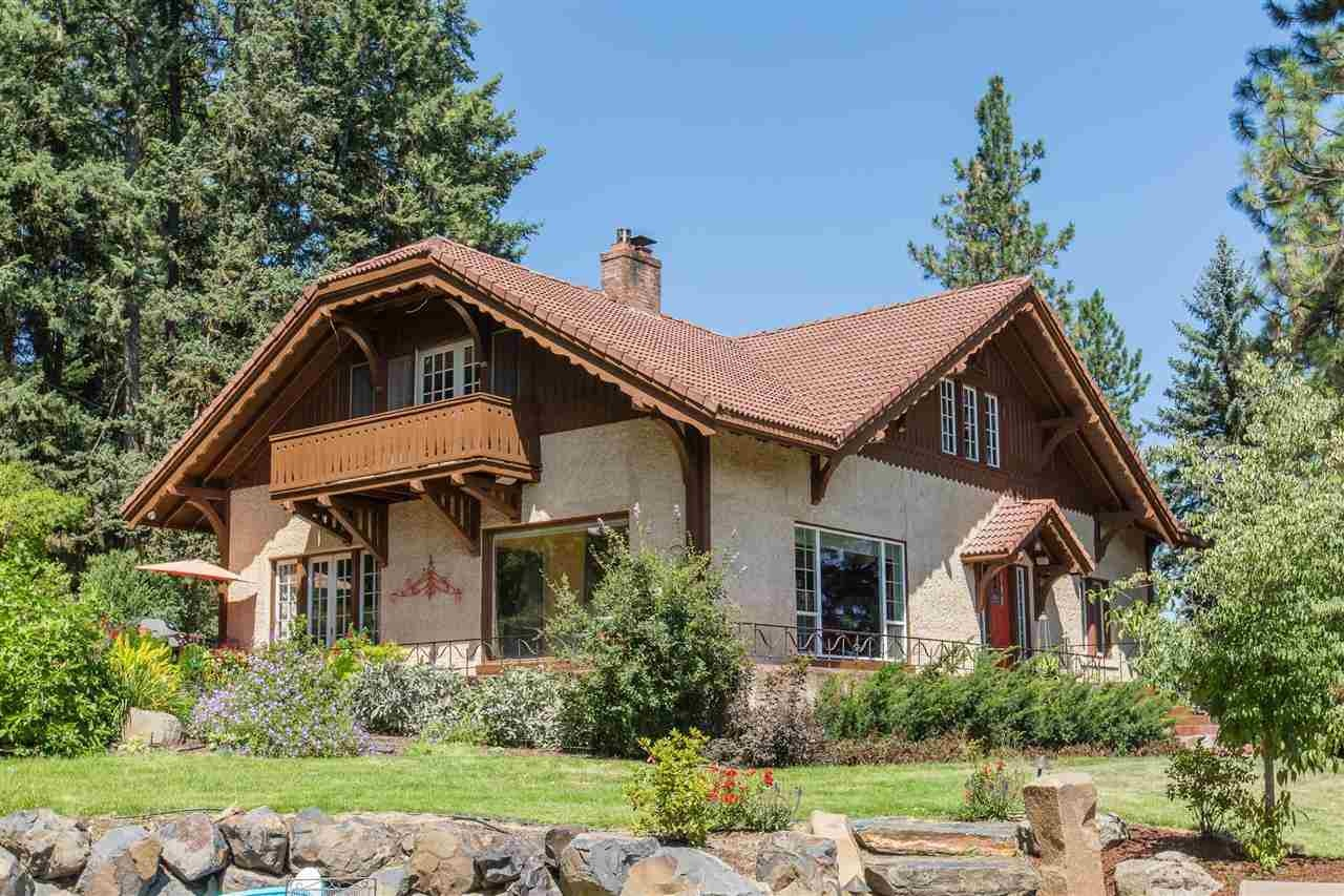 For sale bavarian style homes primed for oktoberfest for Home design zillow