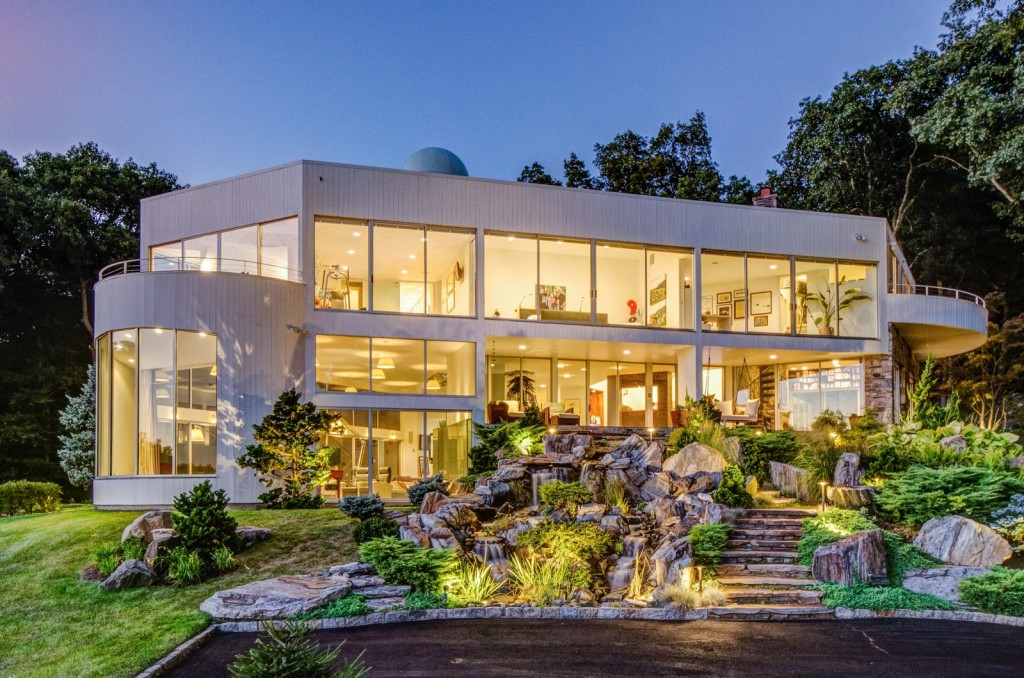 Glass House Zillow