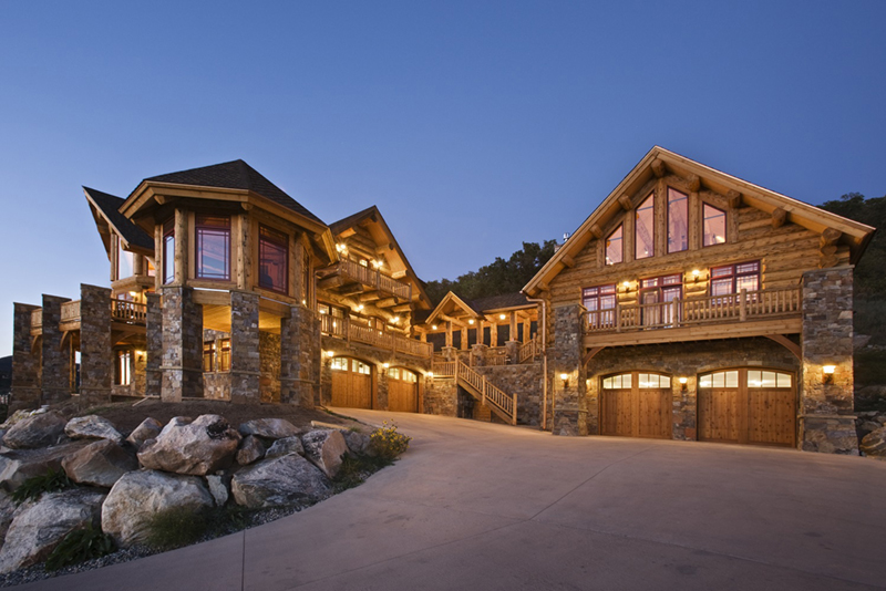 Awe Inspiring Log Cabins From Modest To Massive Download Free Architecture Designs Scobabritishbridgeorg