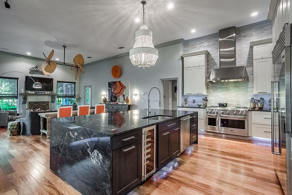 10 Homes For Sale With Amazing Kitchens STEVEN ALEXANDERSTEVEN