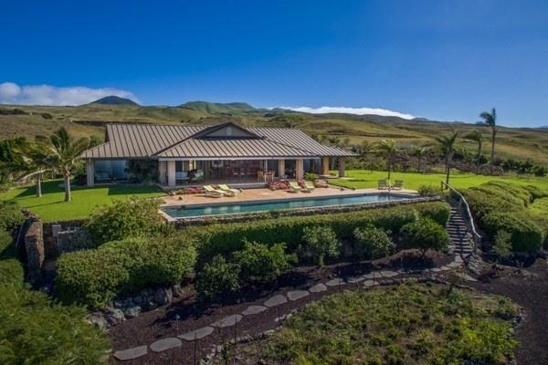 terry bradshaw looks to pass big island estate