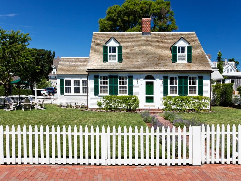 Home architecture 101 cape cod for Additions to cape cod style homes