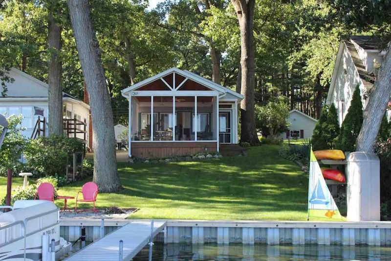8 staycation worthy tiny homes for sale for Zillow tiny homes for sale
