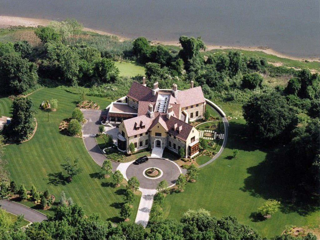 House Of The Week X Shaped Mansion