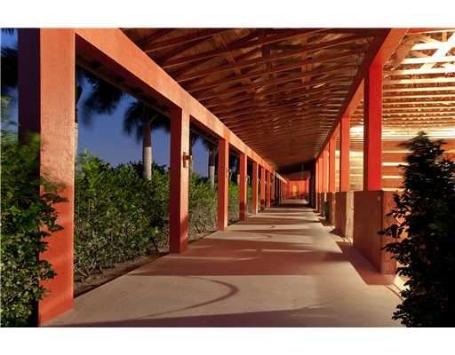 Tommy Lee Jones Polo Estate For Sale In Florida