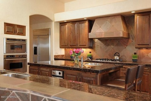 kitchen paint colors with beige cabinets kitchen paint colors 10 handsome hues to consider 21871