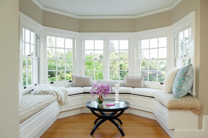 Styling A Romantic Window Seat