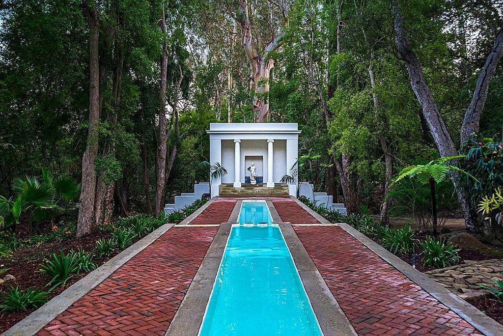 Scarface Mansion For Sale 151845 on Z Ocean El Miami