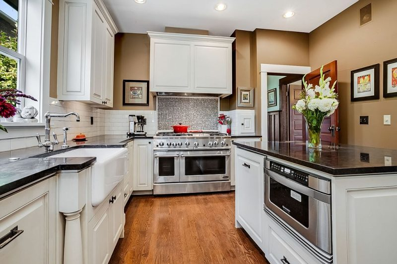 With the right counter tops any home will pop!