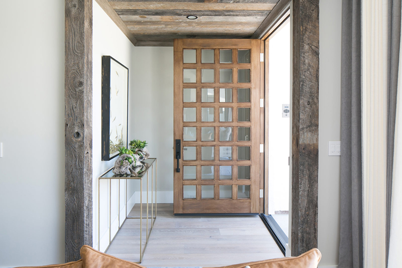 Interior Designer Brooke Wagner, Of Brooke Wagner Design , Was Brought In  To Transform The Spec Homeu0027s Blank Canvas Into A Contemporary Beach House  By ...