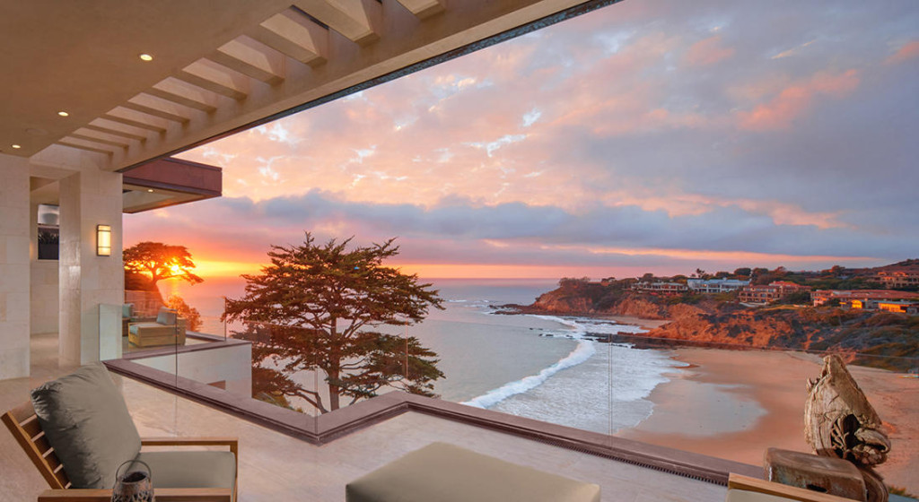 glass houses reveal breathtaking views - Breathtaking Beach Houses In New York