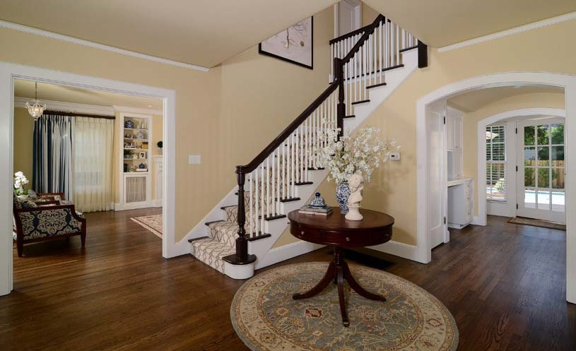 Before after modern colonial style for Colonial foyer ideas