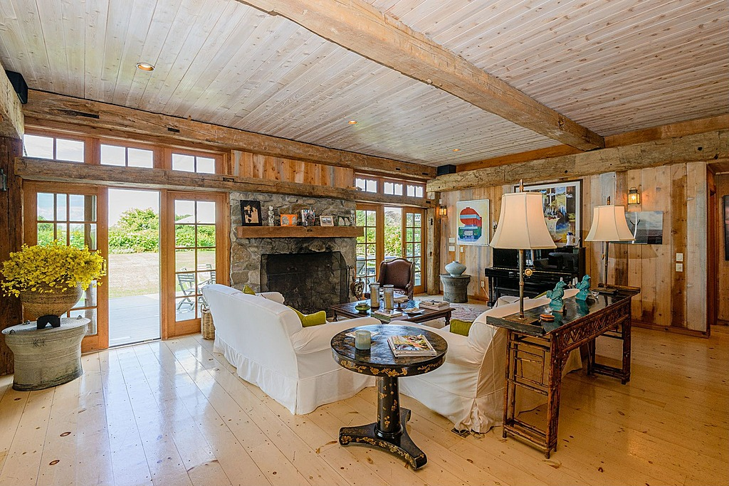 Rhony Countess Drops Price Of Hamptons Estate That Feels