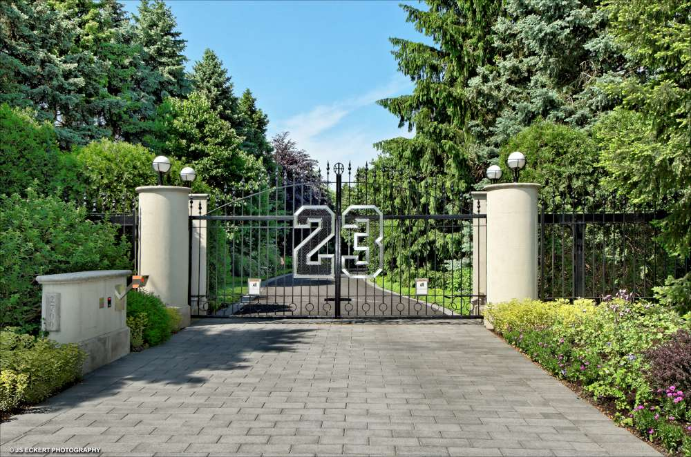 f85e81cfb25b UPDATE  Michael Jordan s Custom Estate Fails to Sell at Auction