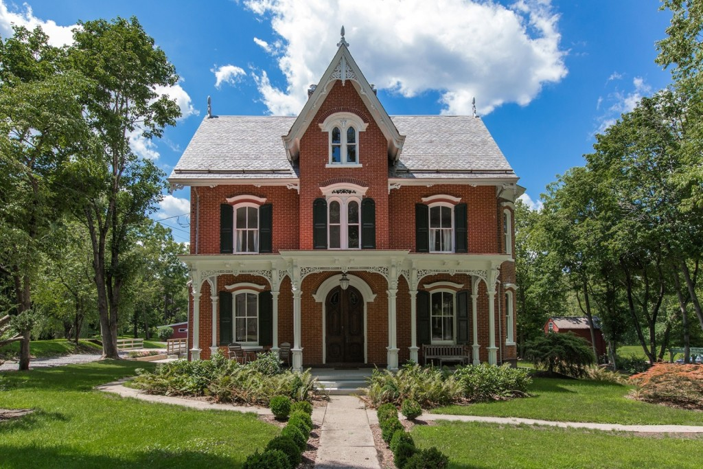Gothic Style Homes home architecture 101: gothic revival