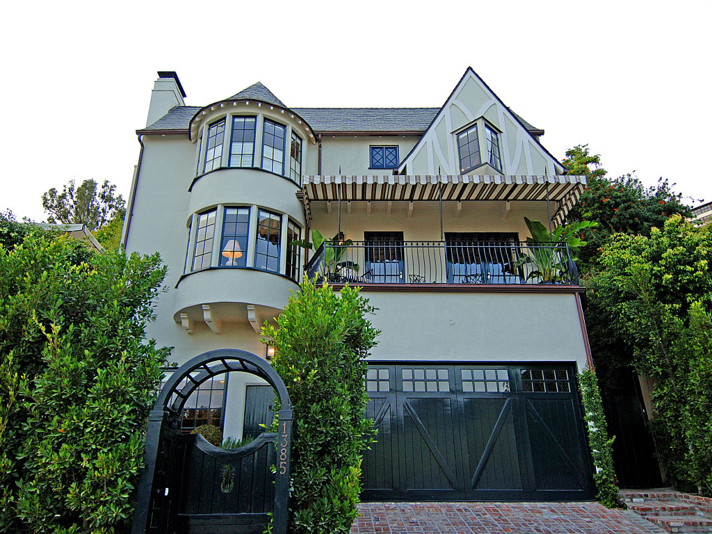 House of the Week: Rumored Rental to the Stars