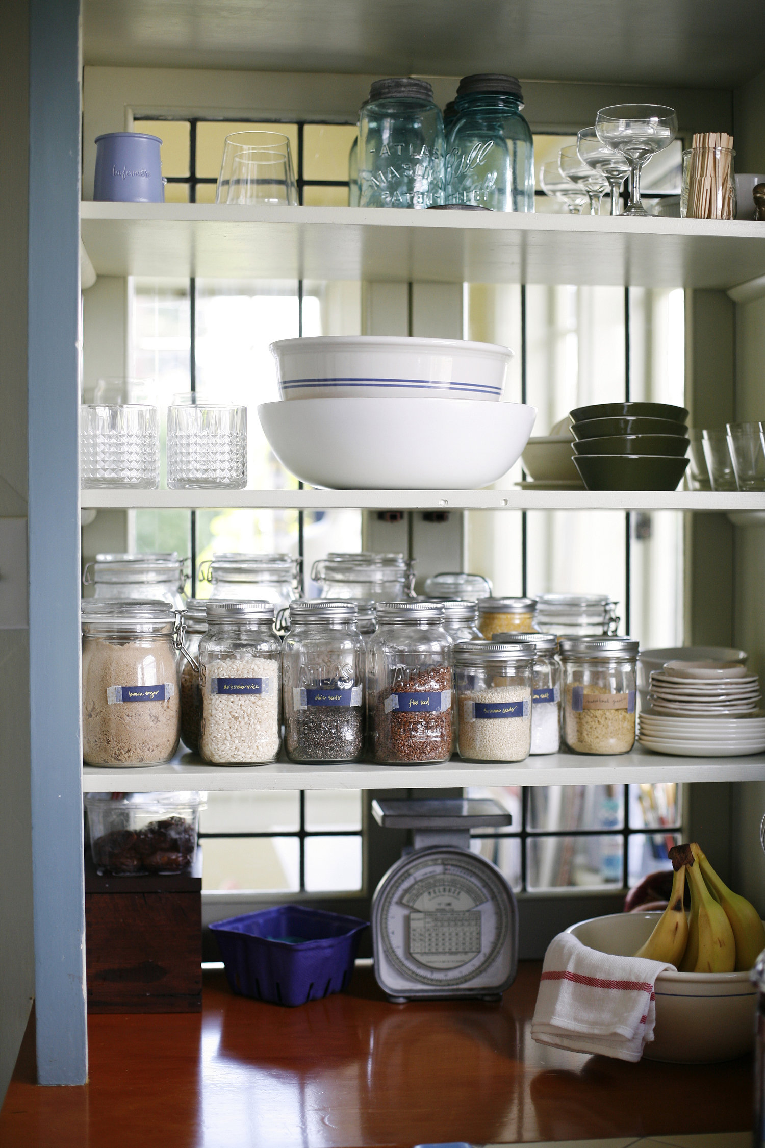 Home Organization: Embracing Order in the New Year