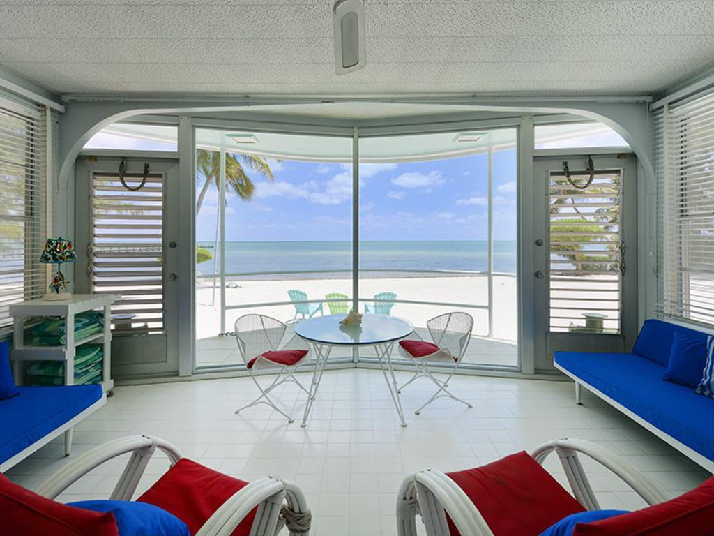 Zillow Home Design Style Quiz House Of The Week Beached Florida Keys Houseboat