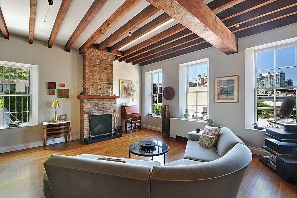 Rented philip seymour hoffman 39 s west village apartment for Case stupende