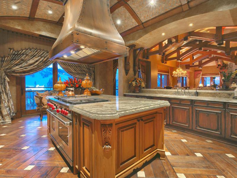 Papa john 39 s magnate serving up large slice of luxury ski condo for Floors and kitchens st john