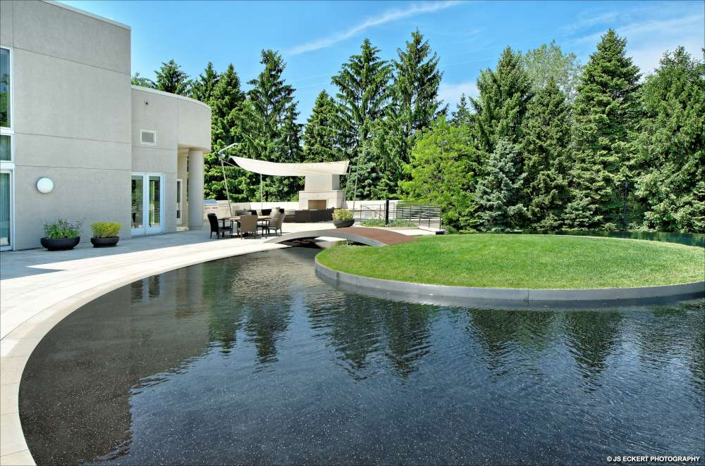 Update michael jordan 39 s custom estate fails to sell at for Michael jordan real estate