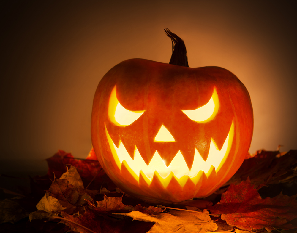 Uncategorized Halloween O 8 favorite halloween traditions of the past and present shutterstock 158297801