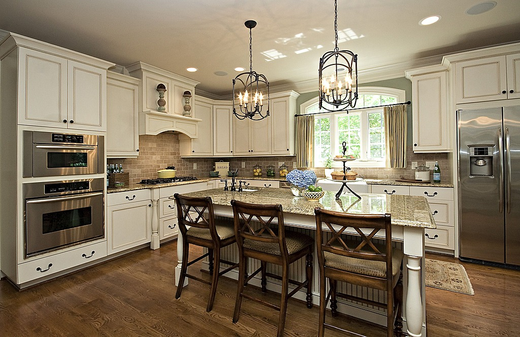Zillow Digs Spring Trend Report Traditional Kitchens Islands Cabinets Storage