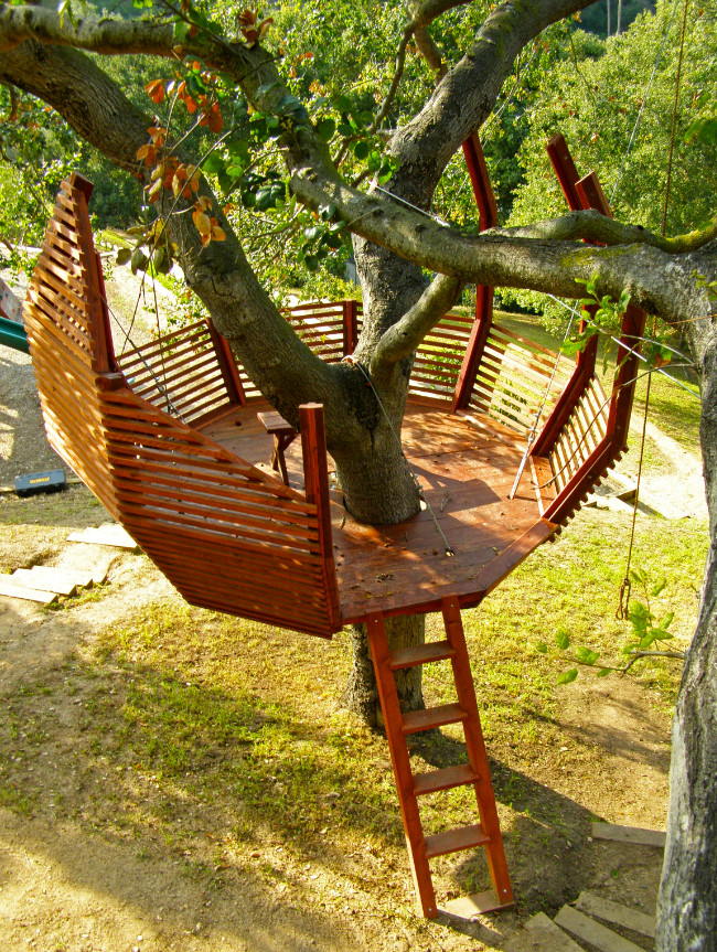 8 tips for building your own backyard treehouse for Things to include when building a house