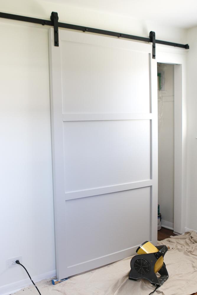 Diy sliding door barn door hardware denver for Hanging barn door in house